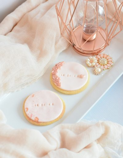 Wedding biscuit favours
