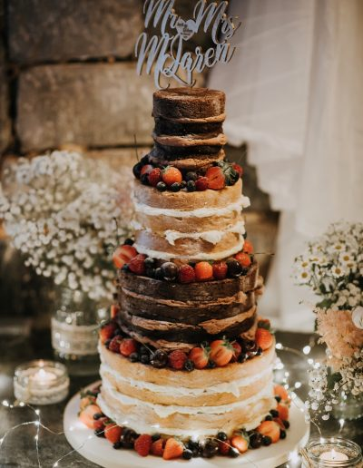 Rustic naked cake - Polhawn Fort - Photo Credit  www.keithriley.co.uk  www.abiriley.co.uk/