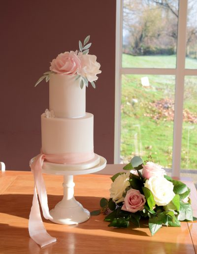 Elopement - Two Tier - Sugar Blooms @ The Green