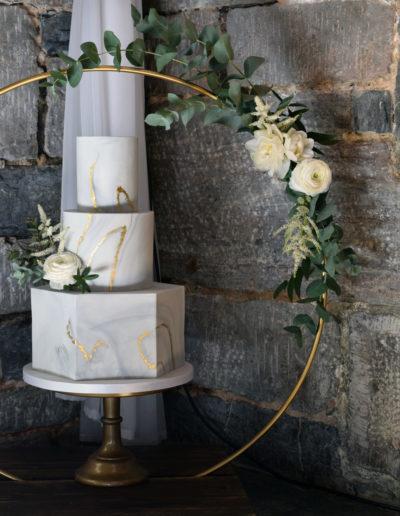 Marbled Wedding Cake & Floral Hoop